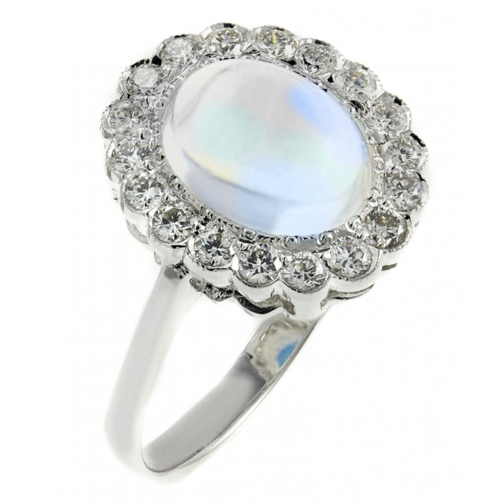 18ct white gold 1 91ct rainbow moonstone 0 41ct