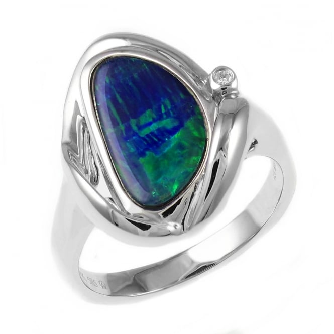 14ct white gold 1.30ct opal doublet & diamond ring.