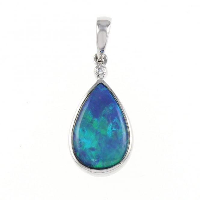 14ct white gold 2.91ct pear opal doublet pendant.