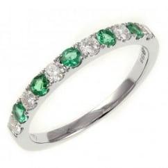 18ct white gold 0.26ct emerald & 0.25ct diamond eternity ring.