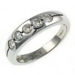 18ct white gold 0.46ct round brilliant cut diamond 5 stone ring