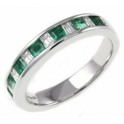 18ct white gold 0.52ct emerald & 0.32ct diamond eternity ring