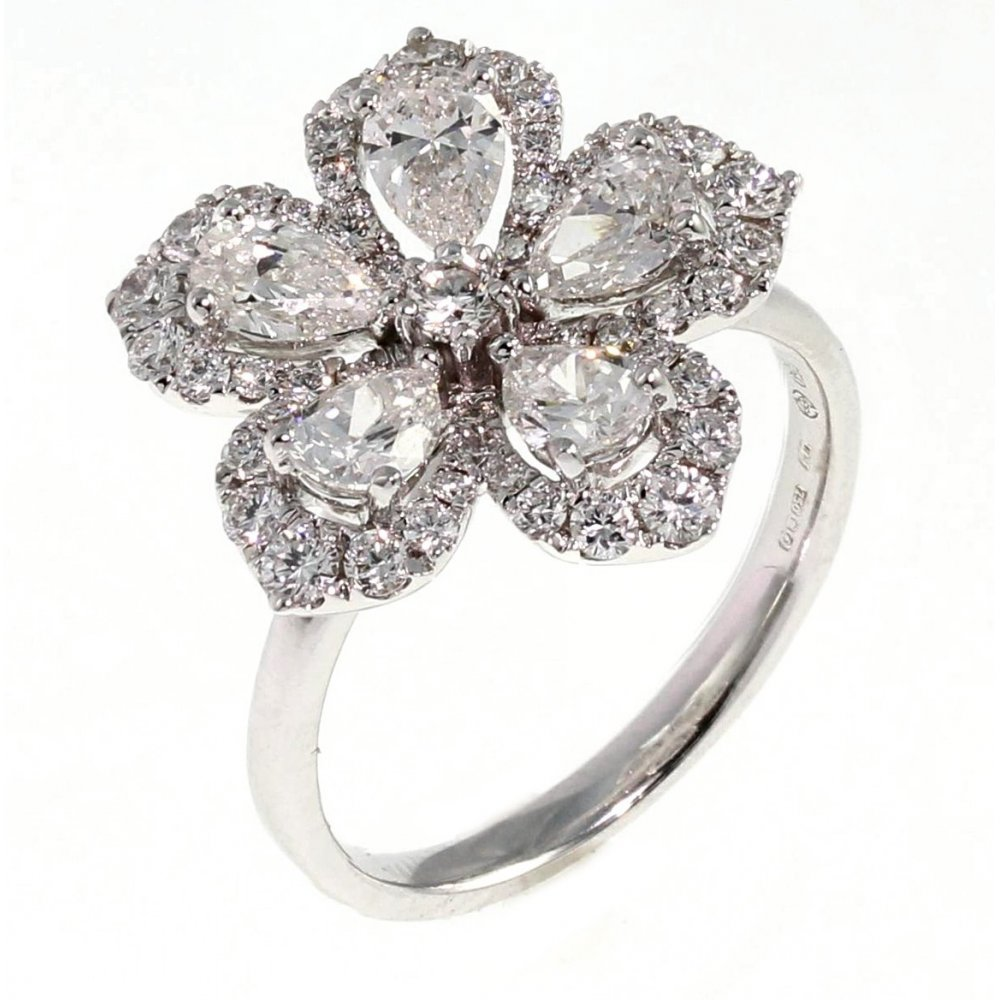 18ct White Gold 191ct Large Pear Flower Cluster Diamond Ring