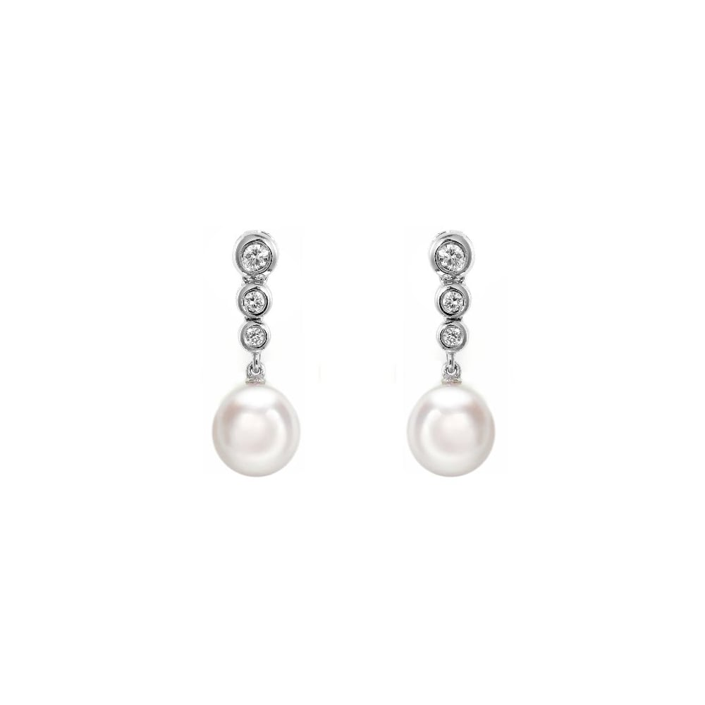 18ct White Gold Anese Akoya Pearl 0 24ct Diamond Earrings