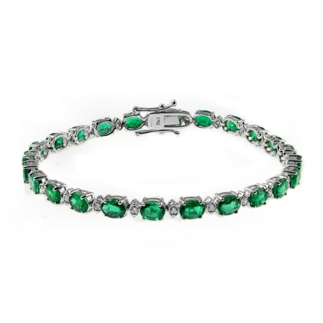 18ct white gold oval 7.61ct oval emerald 0.38ct diamond bracelet