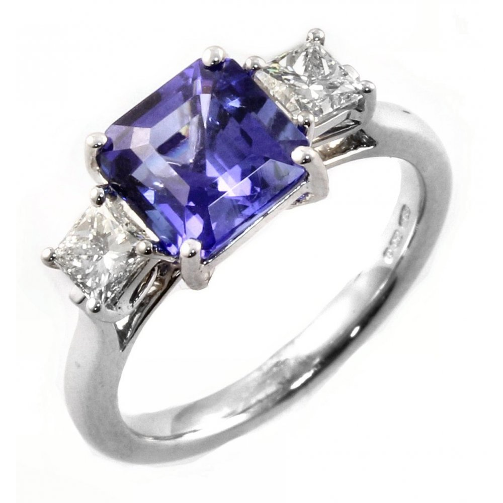 tanzanite white diamonds in with ring bands gold