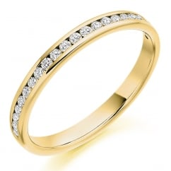 18ct yellow gold 0.25ct round brill diamond half eternity ring.