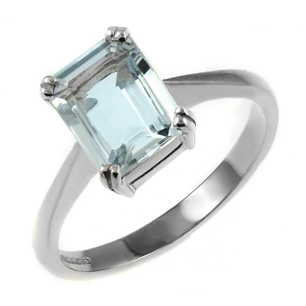 9ct white gold 8x6mm emerald cut aquamarine ring