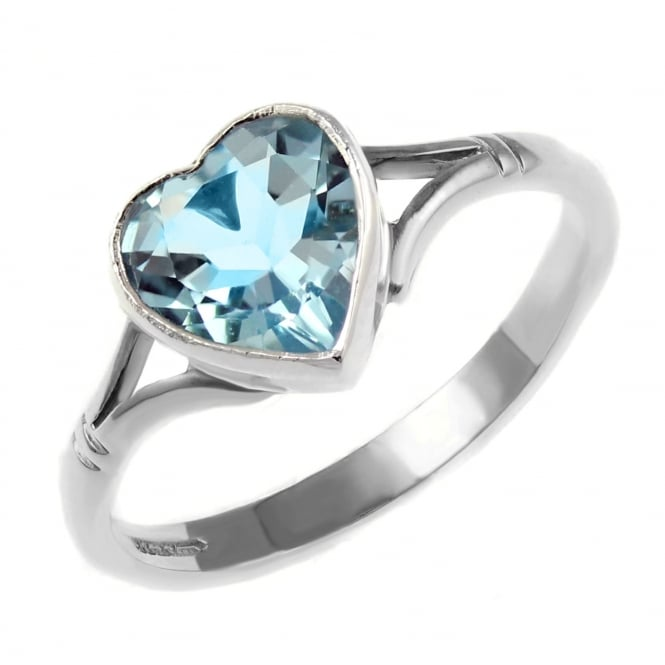 9ct white gold 8x8mm heart shape blue topaz ring.