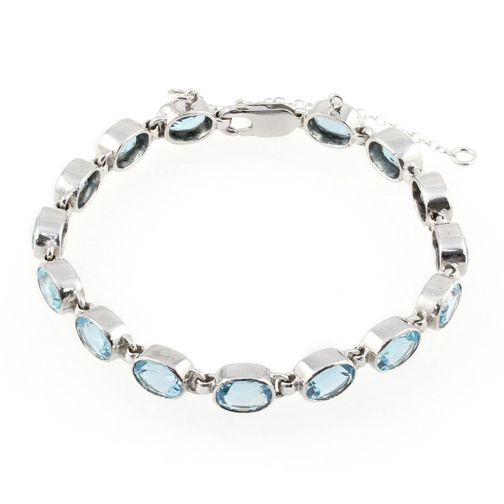 9ct White Gold Bezel Set Oval Blue Topaz Bracelet