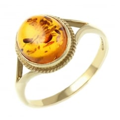 9ct yellow gold 10x8mm oval amber ring.