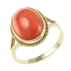 9ct yellow gold 14x10mm oval coral ring.