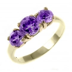9ct yellow gold 5x5mm 4x4mm graduating amethyst 3 stone ring.