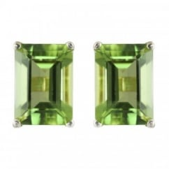 9ct yellow gold 7x5mm emerald cut amethyst stud earrings.