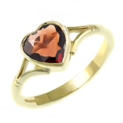 9ct yellow gold 8x8mm heart shape garnet ring