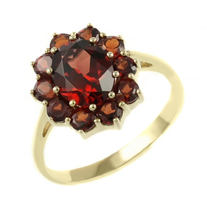 9ct yellow gold 9x7mm garnet cluster ring