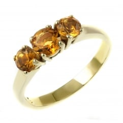 9ct yellow gold graduating citrine 3 stone ring.