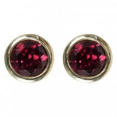 9ct yellow gold round garnet rubover stud earrings.
