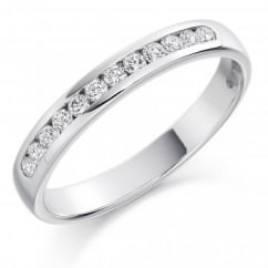 Platinum 0.25ct round brilliant cut diamond half eternity ring.
