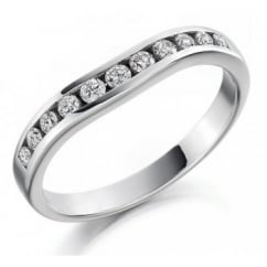 Platinum 0.27ct round brilliant diamond shaped eternity ring.