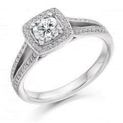 Platinum 0.50ct G VS2 IGI round cut diamond solitaire ring