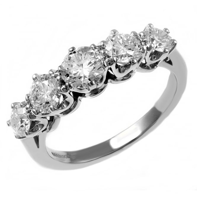 Platinum 1.03ct graduated round brilliant diamond 5 stone ring.