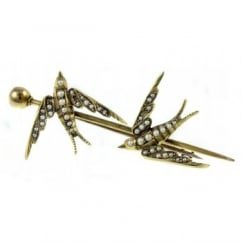 Preowned 15ct yellow gold double bird pearl set brooch.