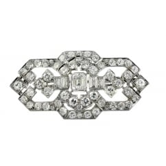 Preowned 18ct white gold 4.60ct art deco diamond brooch.